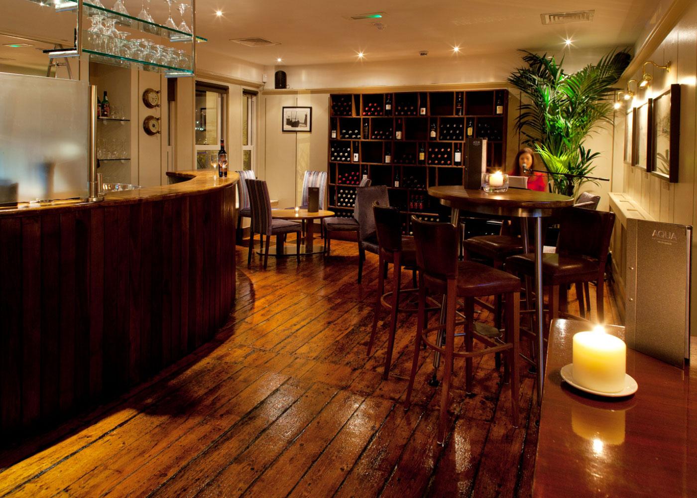 The bar at Aqua
